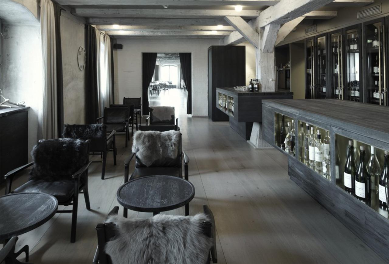 design-amenajare-restaurant-Noma-ROUavision-ro-copyright